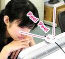 モニターに近づくと、アラーム音で警告してくれます。おもしろグッズ☆ USB姿勢矯正アラーム V...