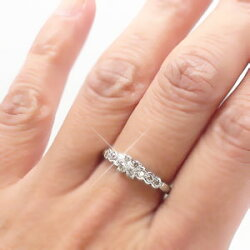pt900フラワーモチーフダイヤモンドリング0.30ctプラチナ900リング指輪レディース【送料無料】【コンビニ受取対応商品】