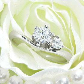 ダイヤモンド婚約指輪 サイズ直し一回無料 0.4ct E SI1 EXCELLENT サイドハート6本爪D1 プラチナ Pt900 婚約指輪(エンゲージリング)