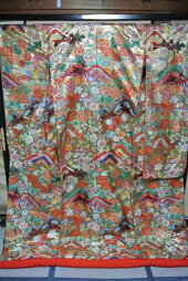 No.223豪華絢爛色打掛有名デザイナーブランド品美品[裄67、袖丈105、身丈(肩から)194センチ]【中古】