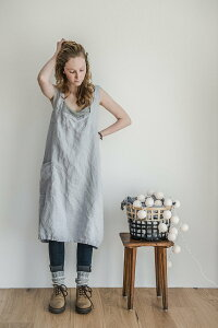 not PERFECT LINEN   PINAFORE - SQUARE CROSS LINEN APRON (washed silver)   エプロン【リネン 麻 ナチュラル リトアニア 北欧 東欧 シンプル おしゃれ メール便送料無料】