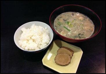 大曲納豆汁セット(3品) 4人前 あきたこまち・いぶりがっこ・納豆汁がセットになった 秋田のおふくろの味が楽しめるセットです。