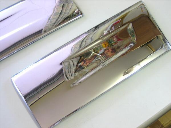 ふそうジェネレーションキャンター標準用 ドアアンダーガーニッシュ