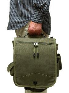 沢山のポケットで機能性抜群の2WAYバッグアメリカ軍 M-51エンジニアフィールドバッグ(OD) ロ...