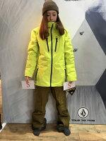 ジャケットはユニセックスです!サンプルがSだったため164CMの女の子に着てもらってます
