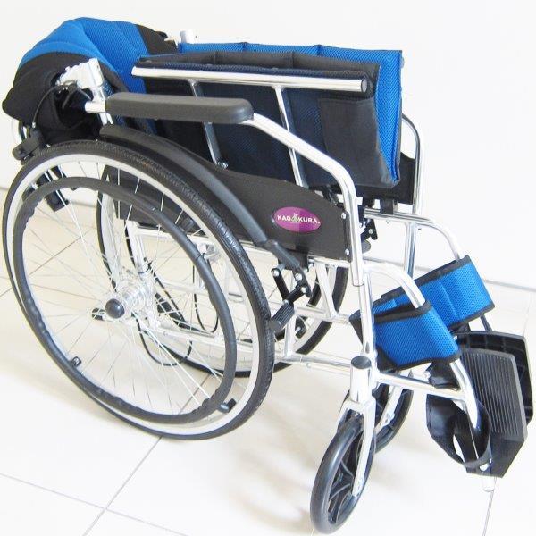 車椅子 軽量 折り畳み 車イス 車いす ★チャップス DB★ ドラム式ブレーキ採用 車椅子 全10色 ノーパンクタイヤ 自走式 駐車&介助ブレーキ付き 背折れ 介助用 A101-DBCOL kadokura/カドクラ