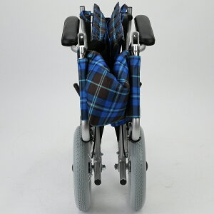 カドクラKADOKURA介助用車椅子ジャスティスF601旅行コンパクト