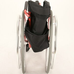 スポーツ車椅子軽量折り畳み自走式コンパクトストライクB404-SPTカドクラ