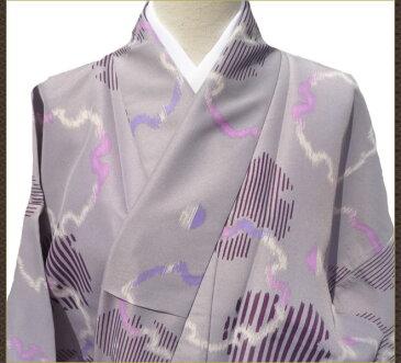 着物 単衣 小紋 洗える ポリエステル 薄紫色 リサイクル着物 中古着物 アンティーク着物