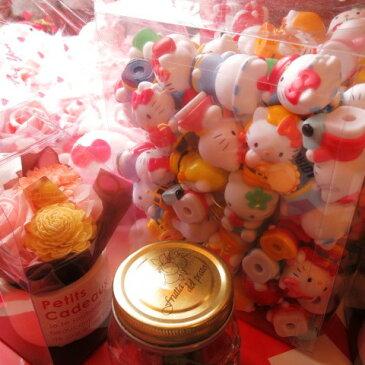 キティ フラワーギフト 花 レインボーローズ プリザーブドフラワー プリザーブドフラワー入り ケース付き ◆誕生日プレゼント・記念日の贈り物におすすめのフラワーギフト