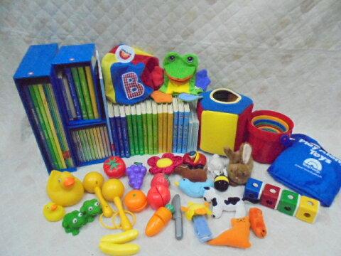 dfg7920 DWEディズニー英語システムワールドファミリー 【中古】 『ママのガレージセール特選パッケージ[6]赤ちゃん向けセット』  幼児英語教材