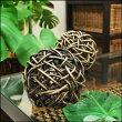 ラタンを編み込んで作ったバリ島のコロコロラタンボール/アジアン/インドネシア/バリ雑貨/アジアン雑貨/オブジェ/飾り物/置物/天然素材