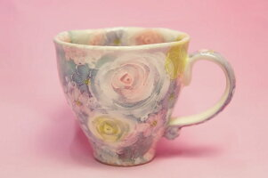 ゆずりは彩ばら花紋マグカップ