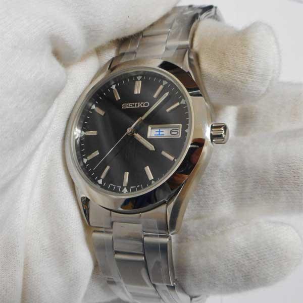 メンズ名入れ時計 セイコー SEIKO 曜日付きカレンダー採用 男性用腕時計スピリット SCDC085 裏ブタ刻印10文字つき 代金引換不可