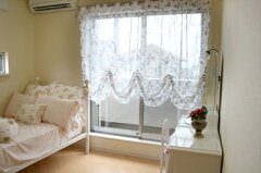 【送料無料】エレガントで美しい窓辺を演出するカーテンバルーンカーテン:エレガントボイル【...