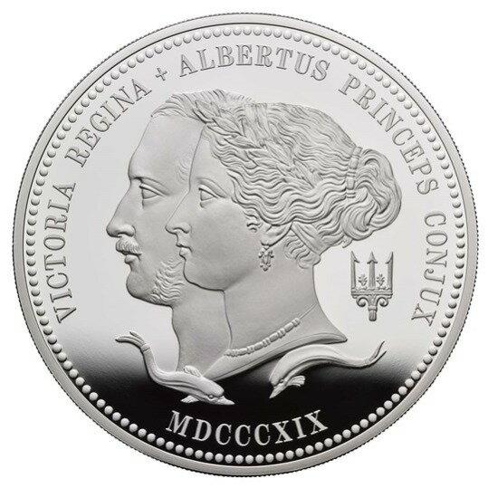 2019 イギリス ヴィクトリア女王生誕200周年記念 10ポンド銀貨 5オンス プルーフ 箱とクリアケース付き 新品未使用