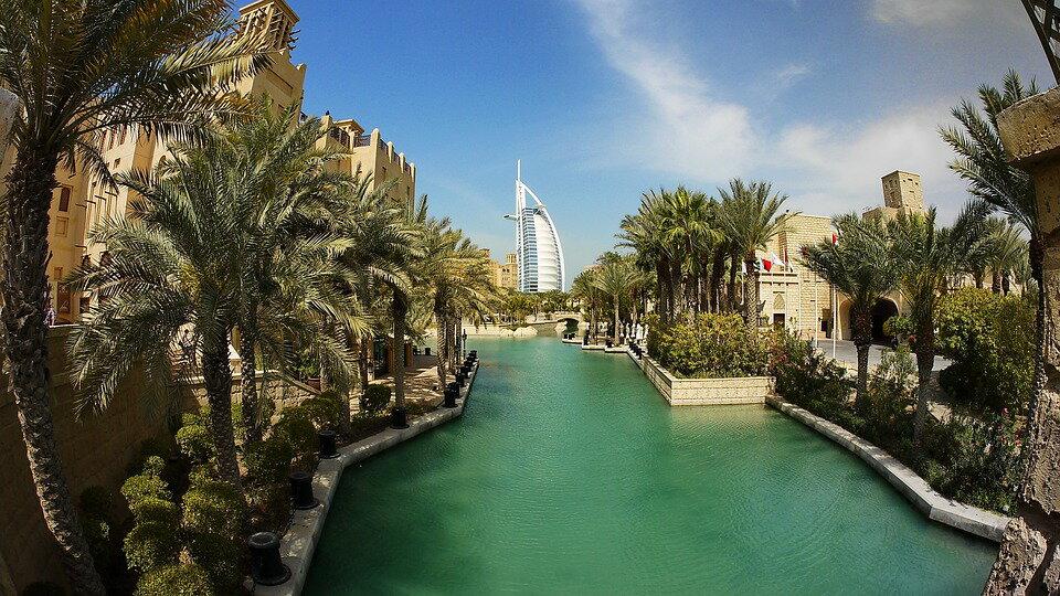 ドバイ・UAE アラブ首長国連邦 5日間 3G/4G Wi-Fiルーター容量1GB 【5日間Wi-Fiルーターレンタル!】【レンタル】