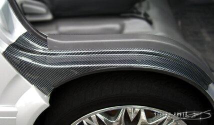ハイエース200系セレクトインポートパーツ・フロントタイヤハウスカバーカーボンルックブラック