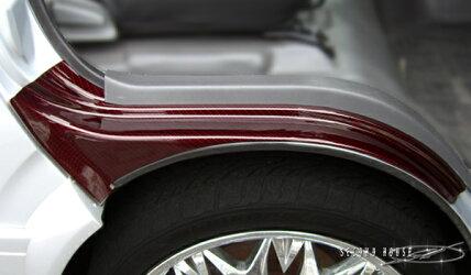 ハイエース200系セレクトインポートパーツ・フロントタイヤハウスカバーカーボンルックレッド綾織り