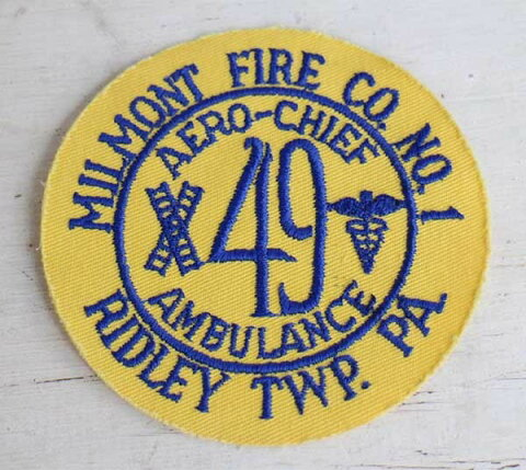 デッドストック★ビンテージ AERO-CHIEF AMBULANCE 49 MILMONT FIRE CO NO 1 RIDLEY TWP PA パッチ【ワッペン】【メンズ】【レディース】【ビンテージ】【救急】【消防】【レスキュー】【アメリカ】【古着】【中古】