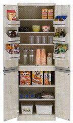大収納力と使い易さ抜群の収納庫・冷蔵庫に入れなくても良い食品の保存に便利カップラーメンの...