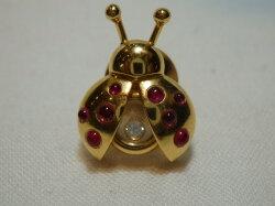 ショパールK18YGダイヤモンドブローチD0.05ctてんとう虫ブローチ