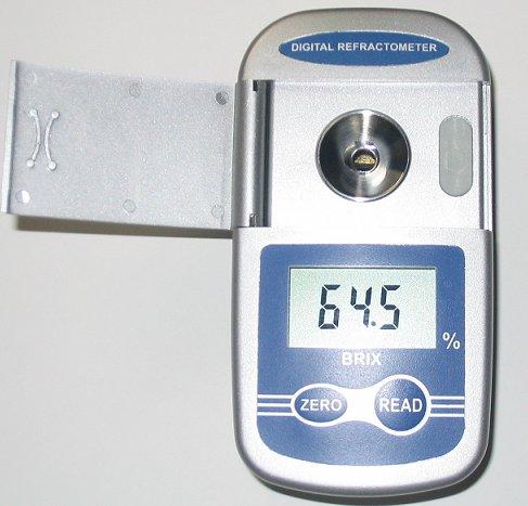 限定再安値挑戦1年メーカー保証果物の糖度が瞬時にわかる 高性能 ポケットデジタル屈折計 デジタ...