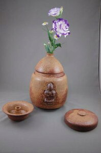 F-3伊羅保釉大長仏3変化花器壺付き骨壷阿弥陀如来座像付き7号壺として壺としてお花を生けて楽しむ。お花を生けるときは仏様は後ろに向けて!