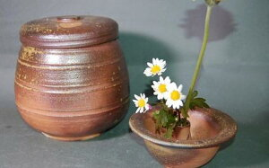 H2-2焼き締め大長2変化花器付き骨壺7号生前は花器としてお花を生け楽しめます。