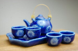 ミニチュア陶器和風角盆シリーズ藍染花紋画像1