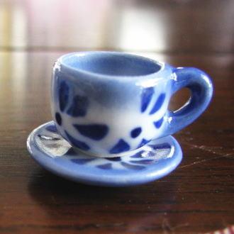 ミニチュア雑貨 カップ&ソーサー ブルーフラワー(ソーサー21mm)[SMTC-blue][m-s]【ネコポス配送対応】