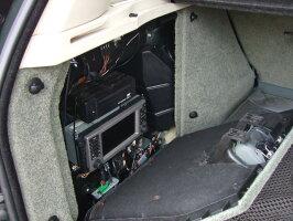 カーナビ取付施行一式専用取付キット含む3rdレンジローバー【L322】純正ナビ移動設置加工