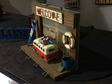 アンティーク ワーゲンバス風 ジオラマ 壁かけ キーフック レトロ 飾り 車 ビンテージ アイアン オブジェ 模型 インダストリアル