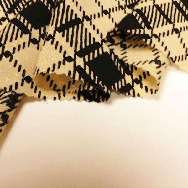 【送料無料】イタリア製輸入生地 【AGNONA/アニオナ】黒との斜めのチェック柄 薄手のウール 10-36 140x120