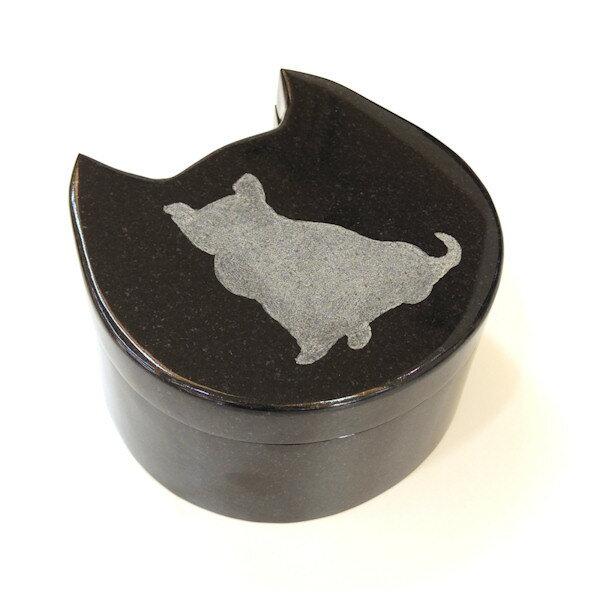 [メモリーズケース]黒みかげ石-猫