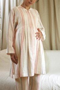 マタニティ パジャマを選ぶなら、素材はやっぱり優しい肌触り。ソフトな二重ガーゼの風合いとや...