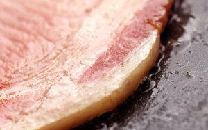 父の日 ギフト 薪・炭火仕上げ ロースハム ステーキ用 国産 高級 ハムステーキ 内祝い 北海道 産地直送 肉 贈り物 お返し 2021 春