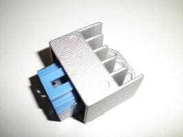 ヤマハ12Vレギュレーター半波式