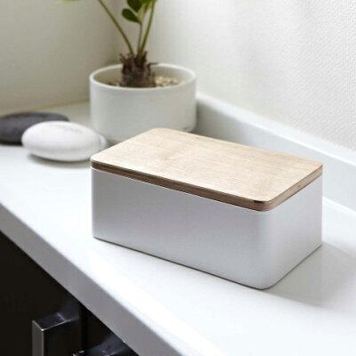 シリコンパッキン付きで乾燥ガード!天然木の蓋でまるでバターケースみたいなウエットティッシュケース