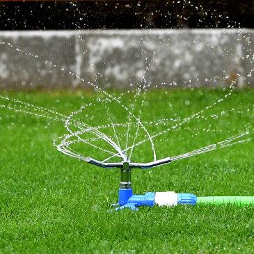 トリプルアームスプリンクラー タカギ 360度散水 散水範囲2〜11m 芝生 芝管理 水やり ワンタッチ 円形【あす楽対応】