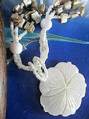 シェルネックレス ハワイアンネックレス シェルネックレス 桜 フラワーネックレス フラワー大輪 桜−111 シェルビーズアクセサリーパーツ
