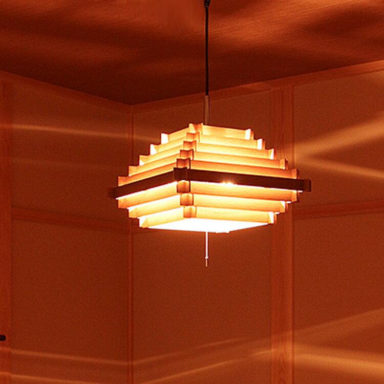 ペンダントライト 3灯 ブロードノット[Broad-not]キューブ[CUBE]CPL-3551|和室 照明 間接照明 寝室天井照明 シーリングライト 北欧 木 led アジアン おしゃれ 一人暮らしインテリア 食卓用 居間用 照明器具 ライト 電気 ダイニング用 リビング用 デザイン 子供部屋の写真