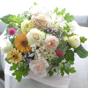 誕生日プレゼント女性季節の花でおまかせアレンジメント開店オープン結婚記念日お祝いフラワーお見舞い退職送別花ピンクHarvestハーベスト