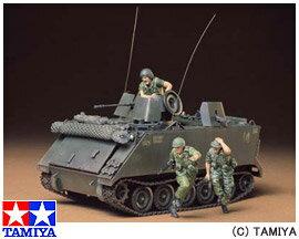 <21%OFF>1/35 ミリタリーミニチュアシリーズ No.135 アメリカ装甲騎強襲車 M113ACAV バトル...