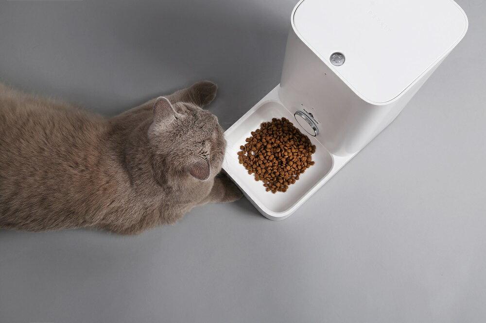 「フレッシュエレメントミニ」〜外出先でも安心!スマホでペットにごはんを!自動給餌機〜「PETKIT」