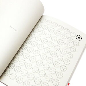 書き込んで楽しい暇つぶしノート。各ページそれぞれ違うイラストが描かれていて、イラストをア...