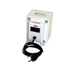 日商變壓器 (上/下變壓器) 變壓器 SK 系列 (220 V 到 100 V,容量 550 W) SK-550E [SK550E]