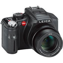 ライカ、24倍ズーム可能なレンズ一体型カメラ「ライカ V-LUX3」