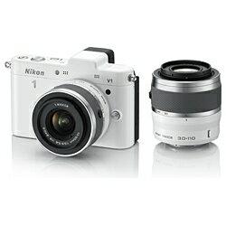【送料無料】ニコンNikon 1 V1【ダブルズームキット】(ホワイト)/デジタル一眼 [Nikon1V1Wズ...