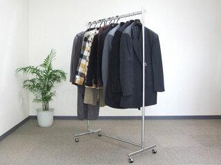 ハンガーラックプロF900イメージ1・重いスーツをたくさん掛けてもぐらつかない